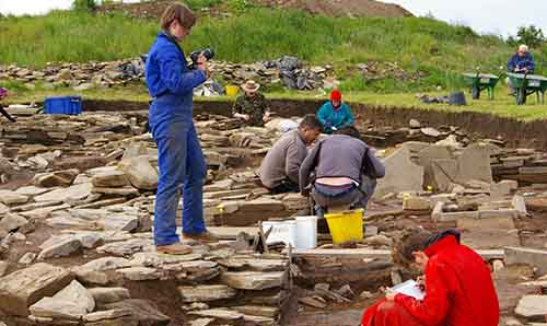 Students at an archaeological dig.